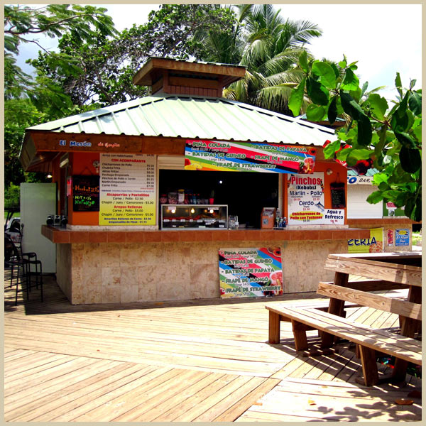 Kiosk at Flamenco Beach, stop for dinner during culebra day trip